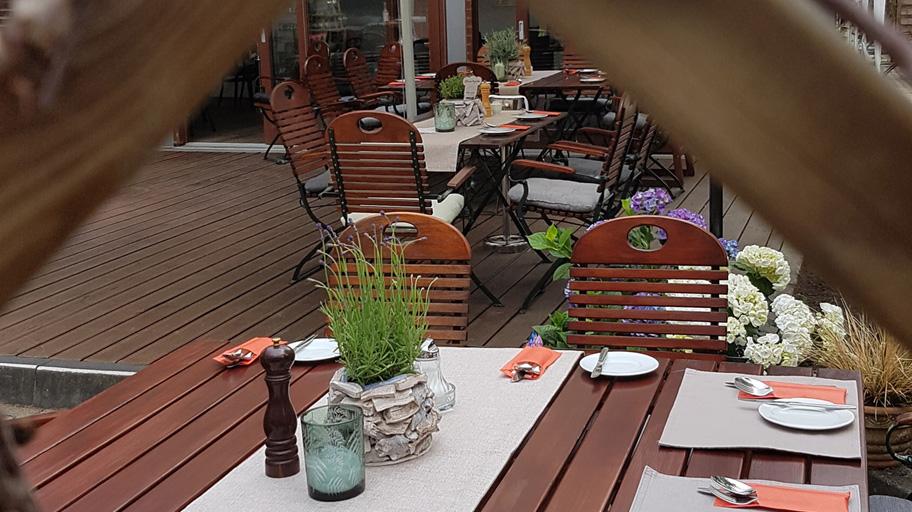 Hotel zur Burg Posterstein - Biergarten