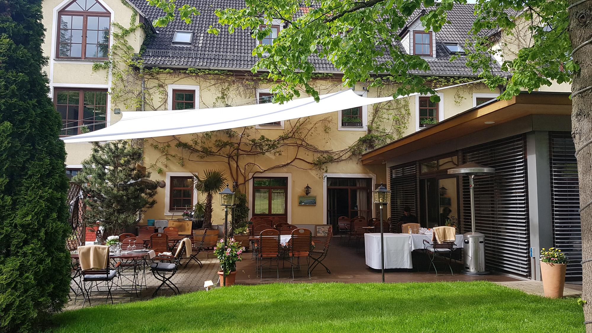 Sonnenterrasse im Hotel zur Burg Posterstein